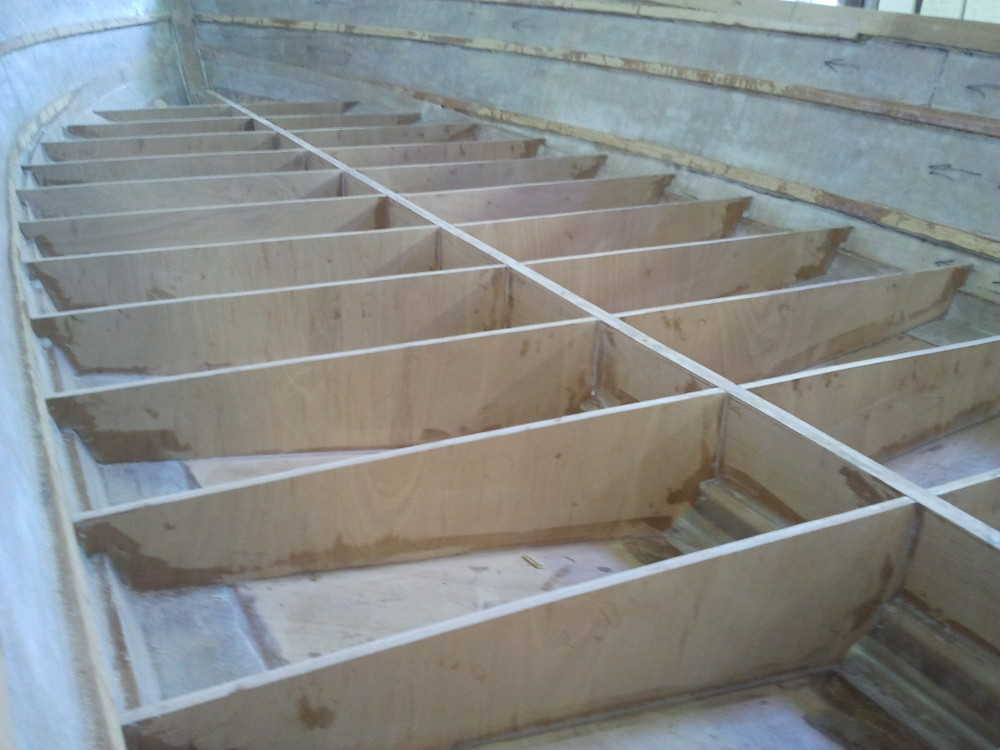 22' center console bulkheads 2