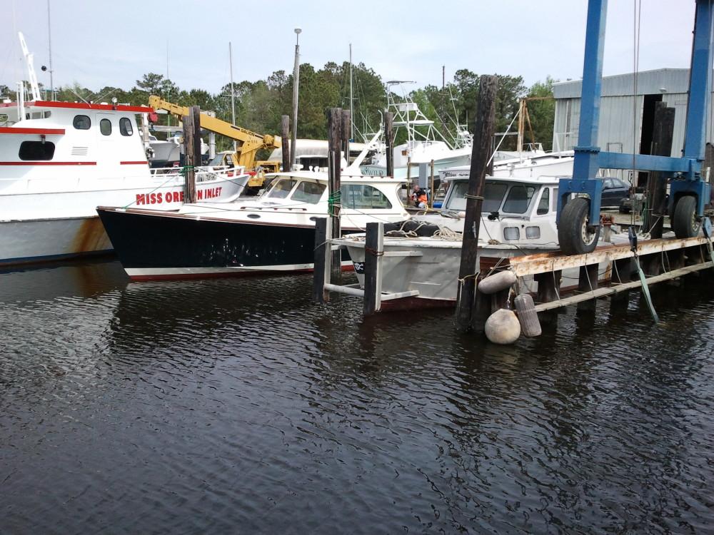Harrison Boatworks -Hinckley refurbish